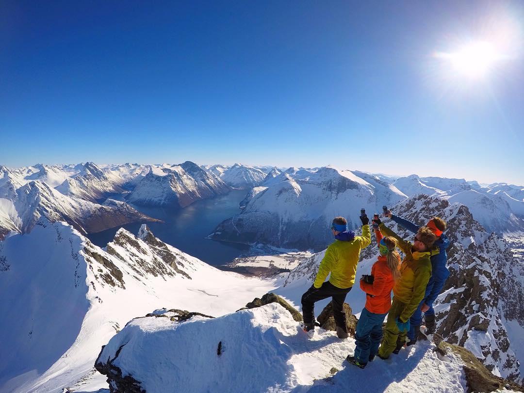 Приключения в Суннмёрских Альпах на снимках Йоргена Ойехауга