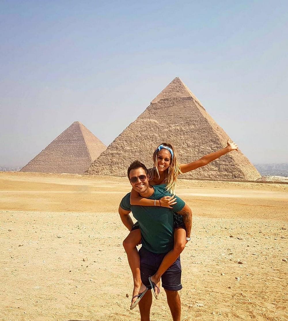 Пара из Аргентины отправилась путешествовать по миру