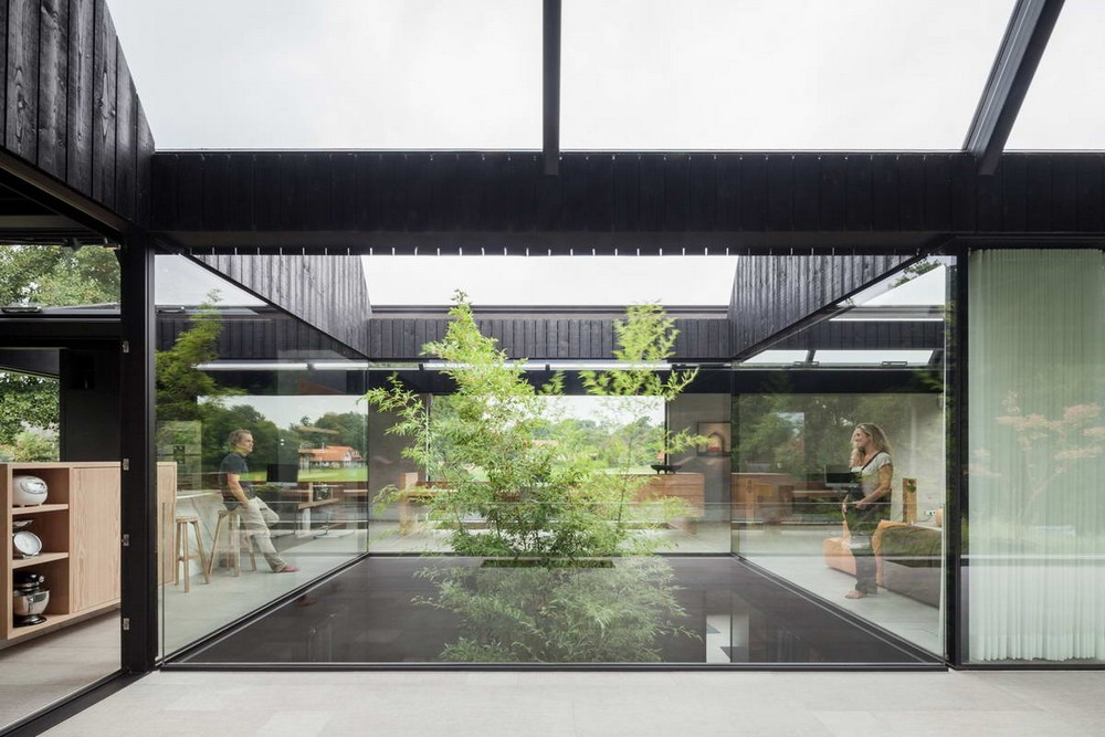 Вилла с центральным двором в Нидерландах