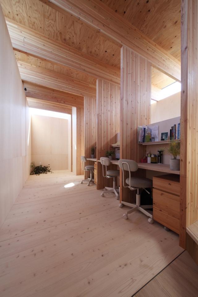 Необычный дом без окон в японском городе Тойота