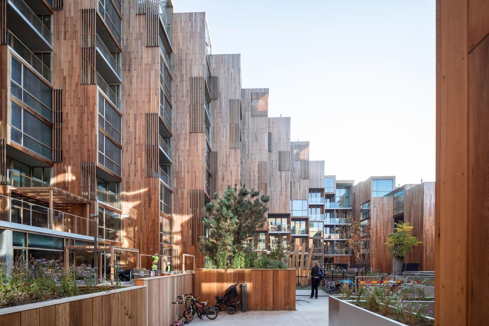 Необычный каскадный жилой комплекс в Стокгольме
