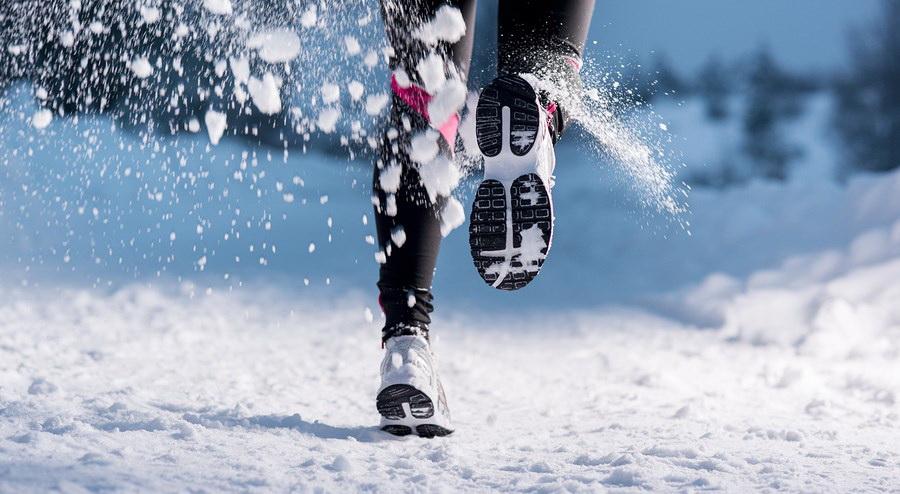 При занятиях спортом на морозе калории сжигаются активнее