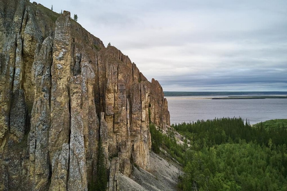 10 красивейших природных достопримечательностей России