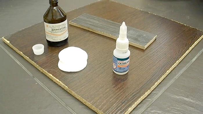 Действенный метод убрать суперклей с поверхности