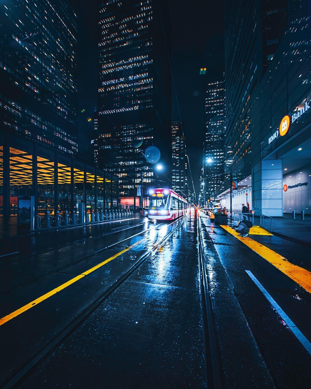 Городские и уличные пейзажи Торонто от Ивана Кривоносова