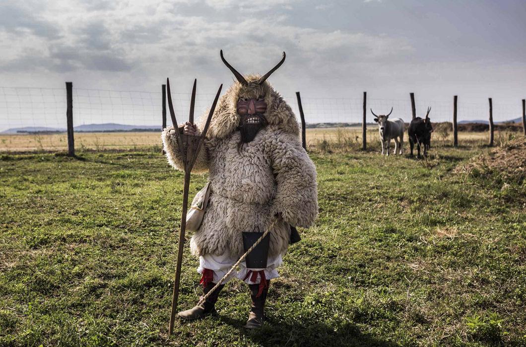 Карнавал Бушояраш: языческие проводы зимы в Венгрии