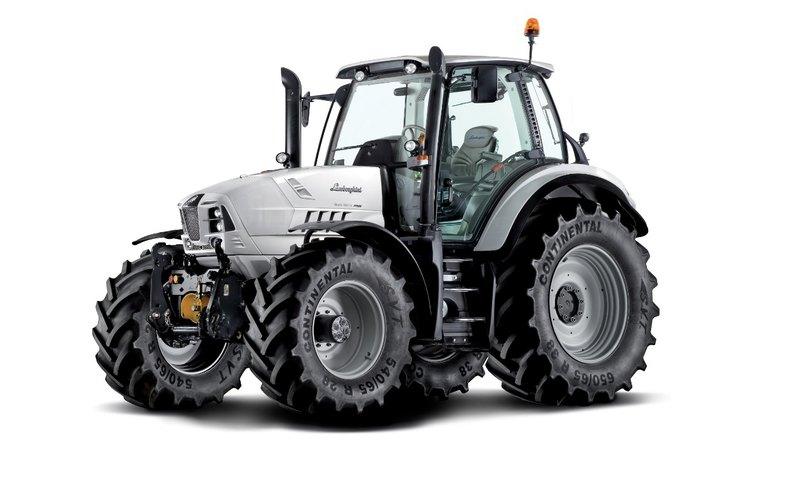 5 тракторов от известных автомобильных концернов