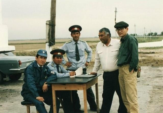 Страны СНГ в 90-е годы на снимках