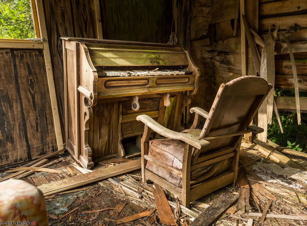 Заброшенный тематический парк Дикий Запад в Корнуолле