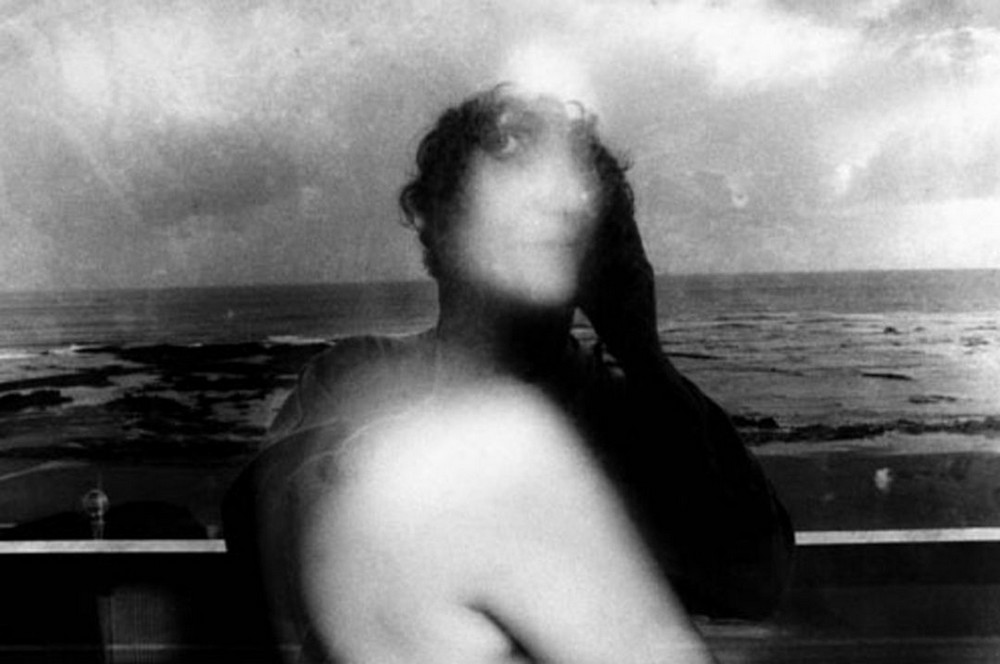 Мятежный дух и эротика 70-х от фотографа-анархиста Жерара Петруса Фиерета