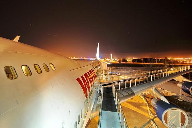 Отель-самолет Боинг-747 в Стокгольме
