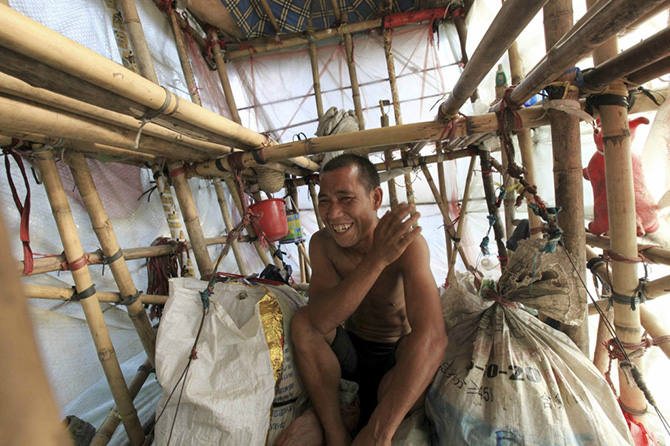 Китаец Лю Линчао и его переносной дом