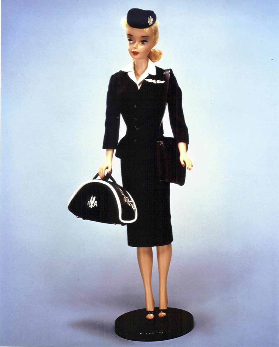 Лучшие профессии куклы Барби за 60 лет