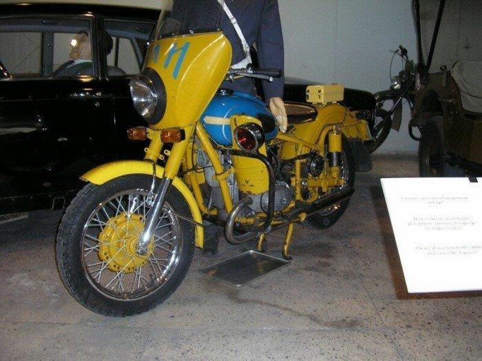 Мотоцикл особого назначения - Урал М-100