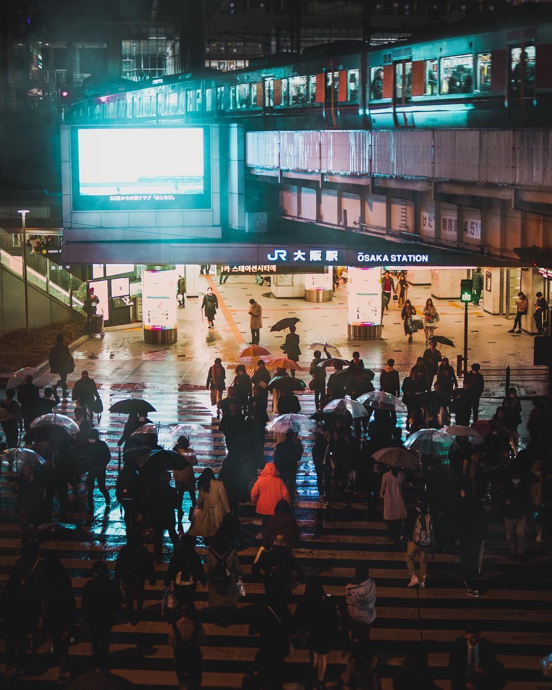 Огни улиц Японии на снимках Оми Ким