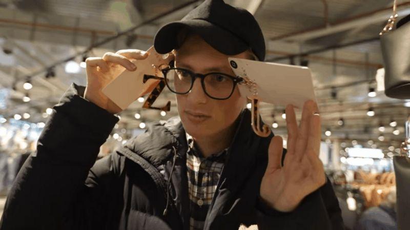 Шутник заявился на неделю моды в дурацком шмоте, а его приняли за модель