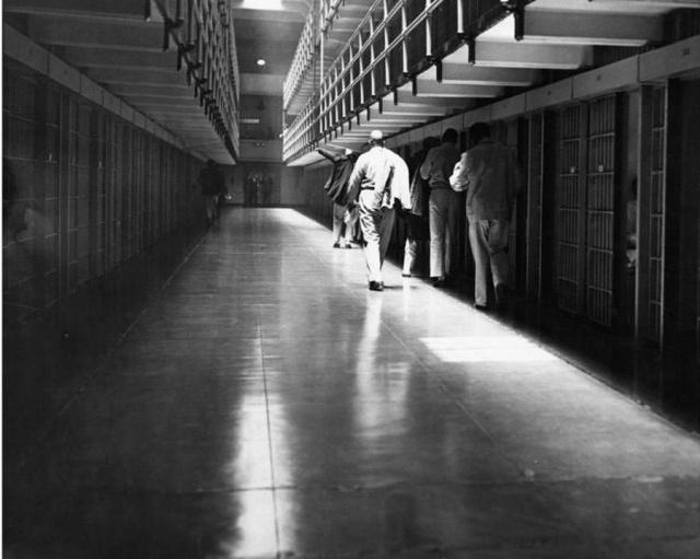Атмосферные снимки, сделанные в тюрьме Алькатрас