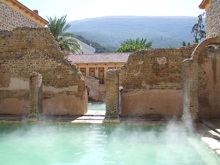 Римская баня, которой более 2000 лет, продолжает работать