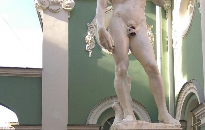 Странная цензура в истории искусства