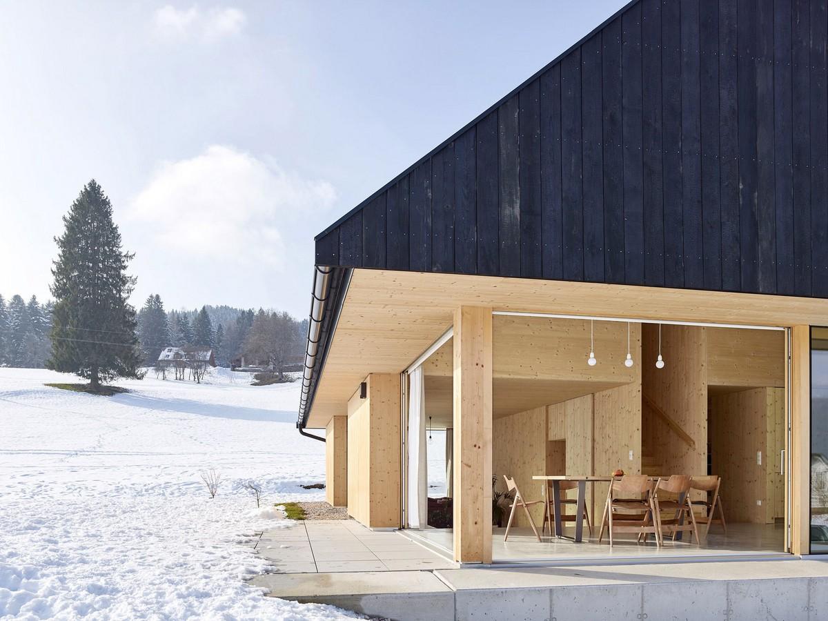 Уютный деревянный дом в Австрии