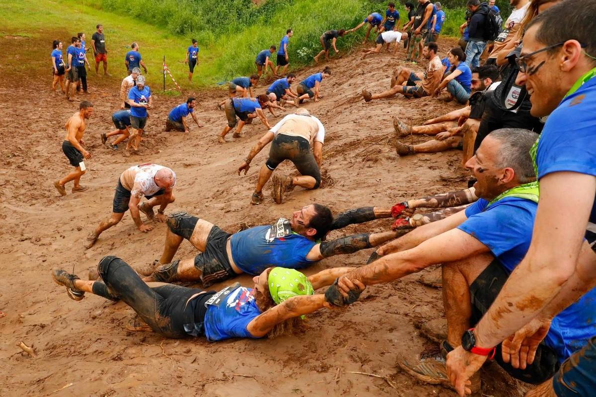 Ежегодная гонка по грязи Run Mud в Тель-Авиве