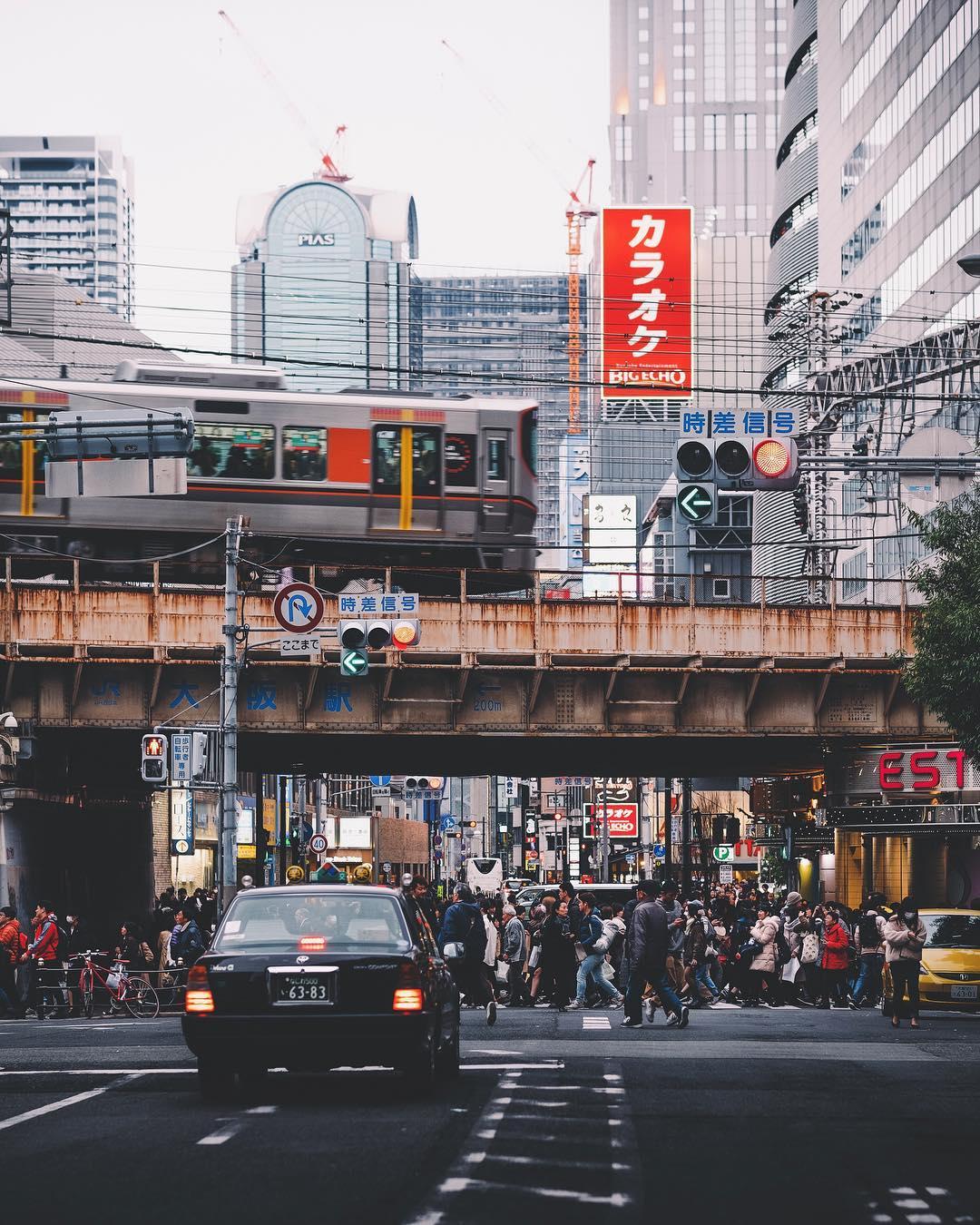 Городские и уличные снимки Японии от Хиро Шимады