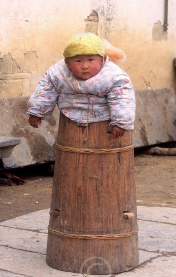 Как вы думаете, для чего в Китае использовались такие бочки?