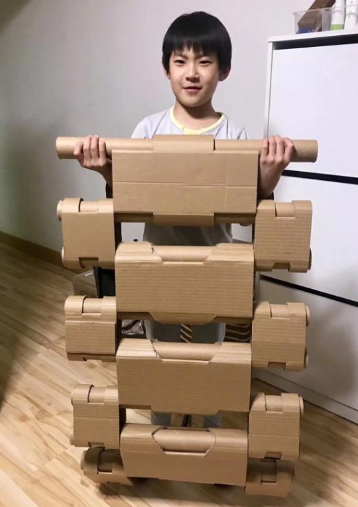 Что же можно собрать из всего этого картона?