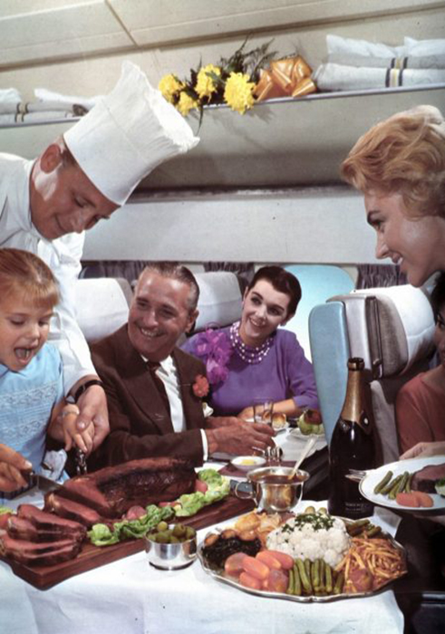 Сервис в самолётах середины XX века