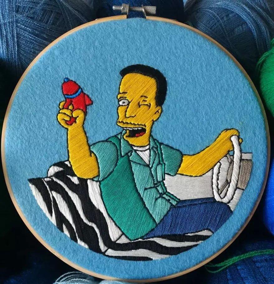 Мексиканская художница вышивает сцены из Симпсонов