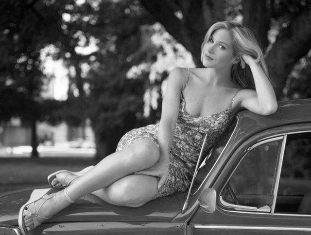 Подборка архивных фотографий знаменитых женщин