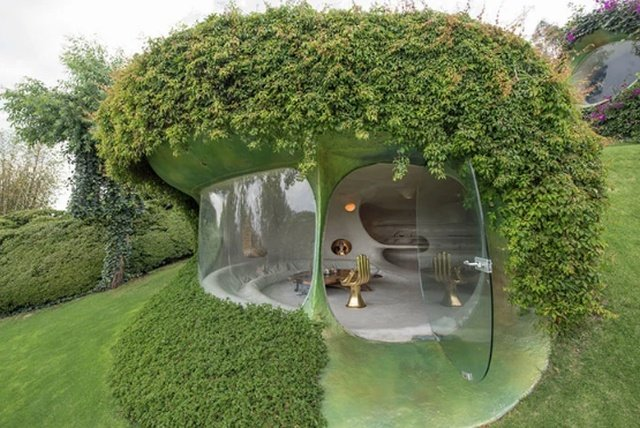 Дом хоббита от биоархитектора Хавьера Сеносиана
