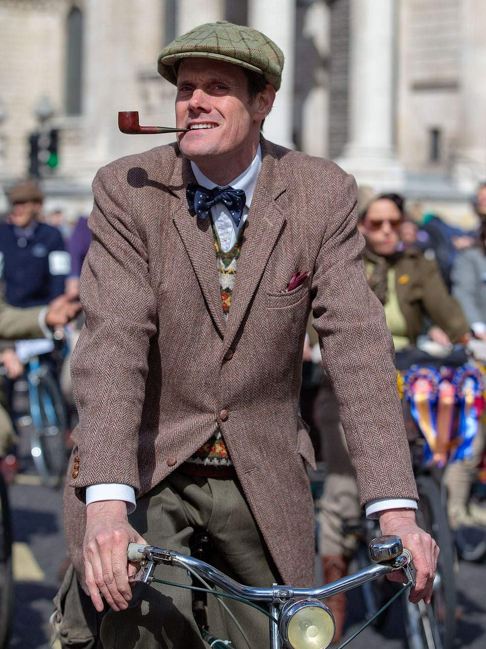 Ежегодный твидовый велопробег в Лондоне