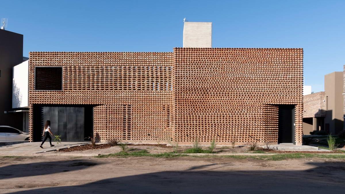 Кирпичный дом в Аргентине