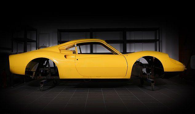 Суперкар Ferrari из запчастей в 60 коробках на продажу