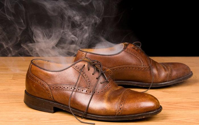 Избавляемся от неприятного запаха обуви