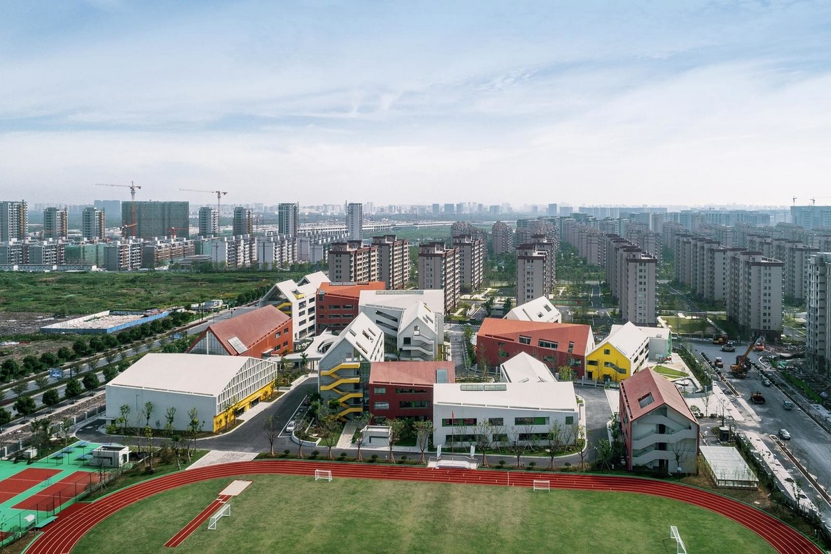 Современный детский сад и начальная школа в Китае