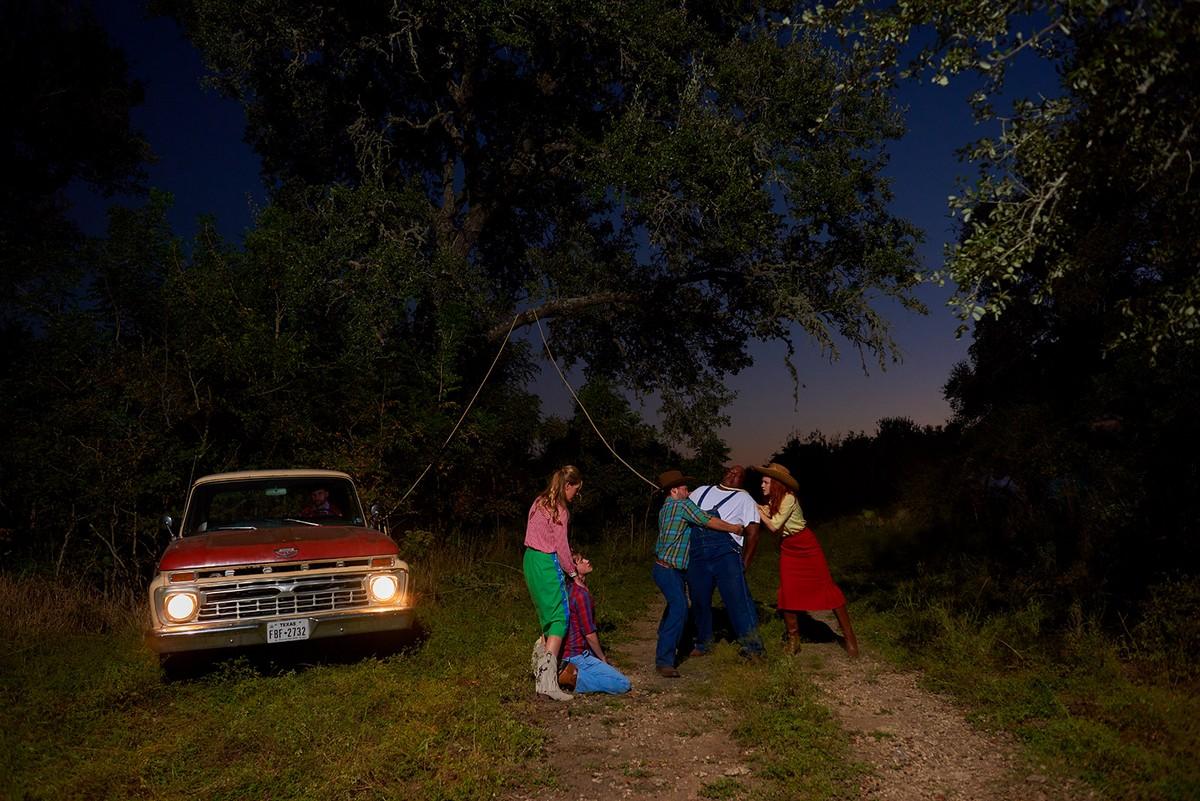 Вымышленные миры и истории на снимках Мэтта Генри