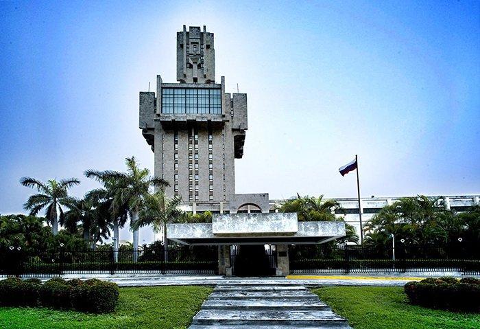 Интересные здания посольств по всему миру