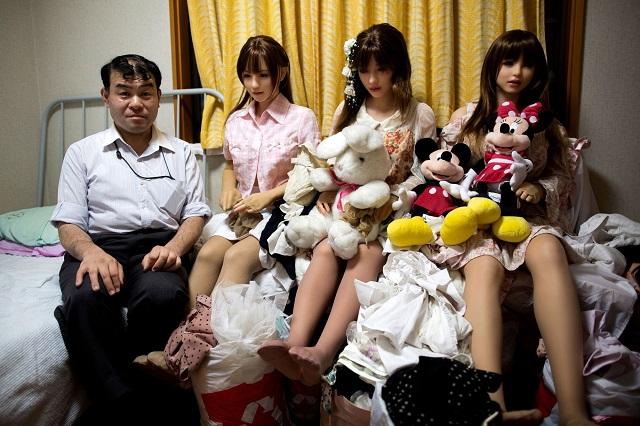 Почему в Японии растет число великовозрастных девственников