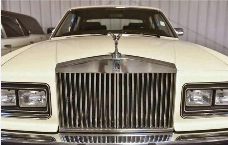 Американец собрал коллекцию из 900 самых разных автомобилей