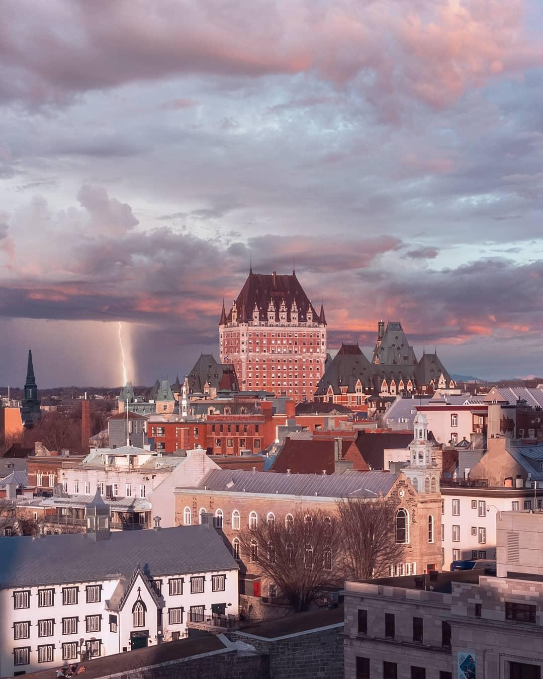 Впечатляющие городские пейзажи от Эммануэля Ковени