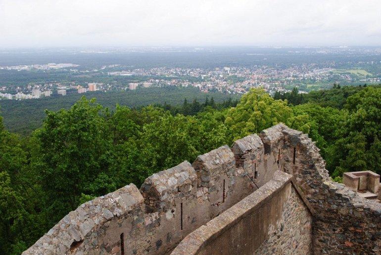 Замок Франкенштейн в Германии