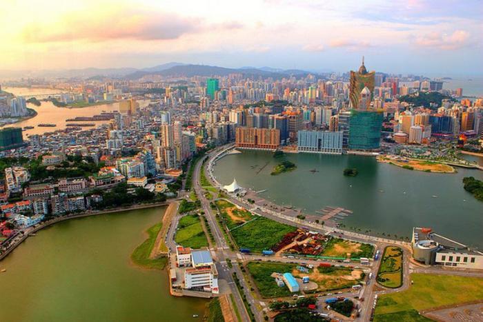 10 самых густонаселенных мест в мире