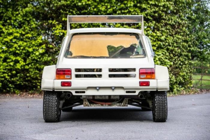 Новый раллийный хэтчбек MG Metro 6R4 из 80-х будет продан на аукционе
