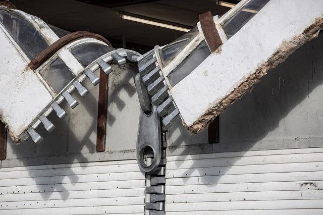 Потрясающие творения британского скульптора нарушают законы гравитации
