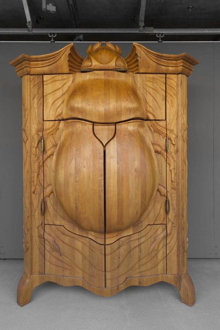 Жук - удивительный дизайнерский шкаф