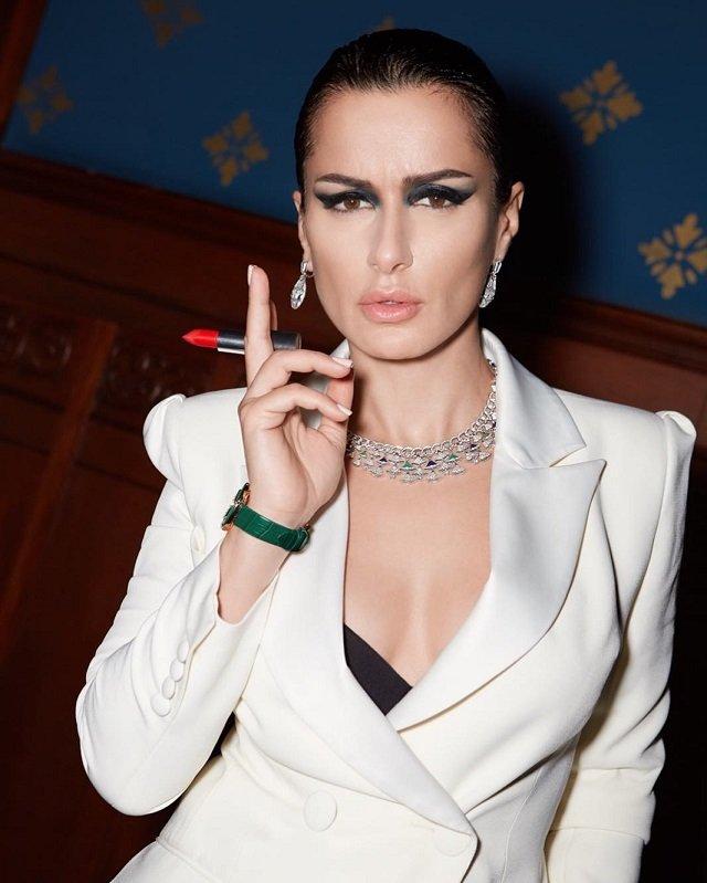 Российские знаменитости, которые не боятся фотографироваться без макияжа