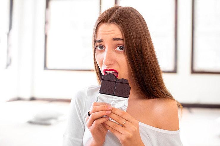 Как избавиться от привычки заедать стресс