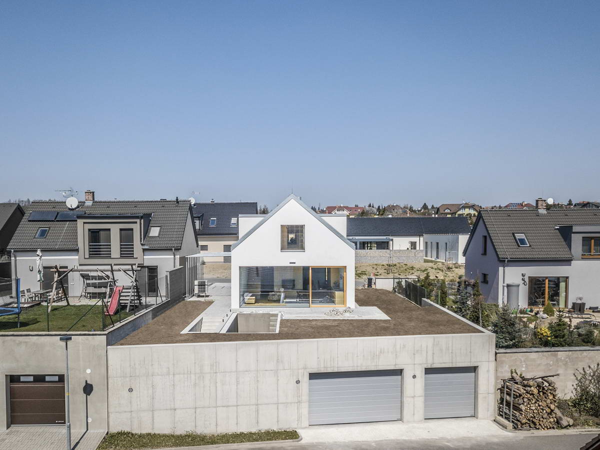 Домик на крыше в Чехии